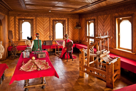boyar: MOSCOW, RUSSIA - SEPTEMBER 26, 2013: Traditional home interior Russian aristocracy of the 17th century. Romanov boyar chambers