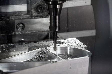 metal processing: Milling machining centers for metal processing