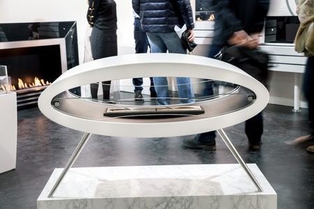 fires artificial: Modern artificial fireplace in the shop