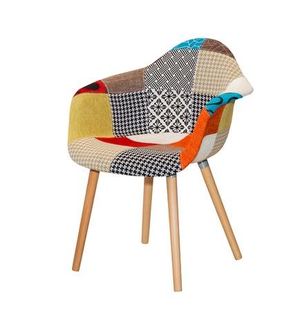고립 된 다채로운 패턴에서 현대 섬유 의자