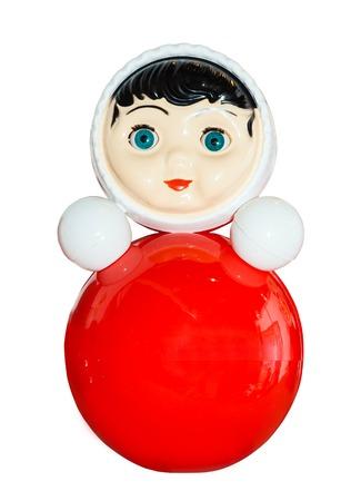 muñecas rusas: Vaso Roly poli niños de juguete aislado en el fondo blanco