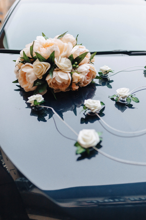 wedding decor, flowers and floral design at the banquet and wedding ceremony