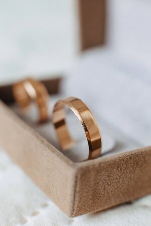 wedding rings closeup, wedding celebrations and accessories and decorations 版權商用圖片