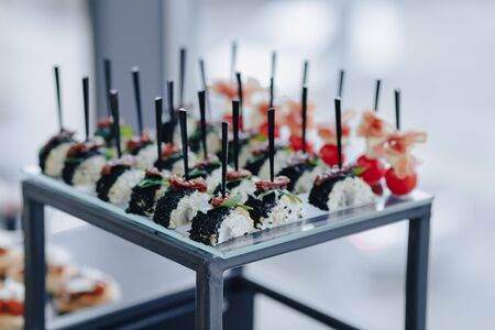 holiday delicious salty buffet with various vegetables and meat flavors Imagens - 135204286