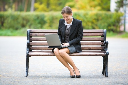 banc parc: Image of elegant employer sitting on the bench