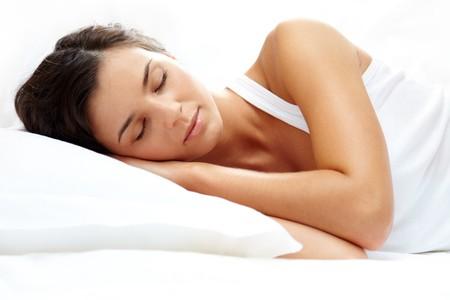 durmiendo: Retrato de una ni�a durmiendo en una almohada  Foto de archivo