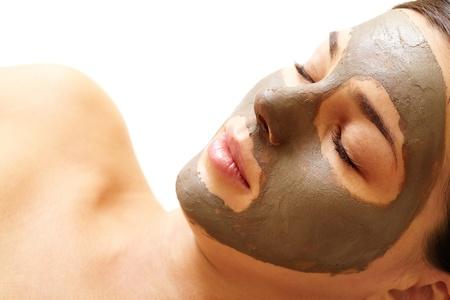 expresiones faciales: Chica relajada a poro limpieza procedimiento en Sal�n