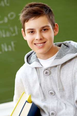 adolescentes estudiando: Retrato de lad smart mirando la c�mara Foto de archivo