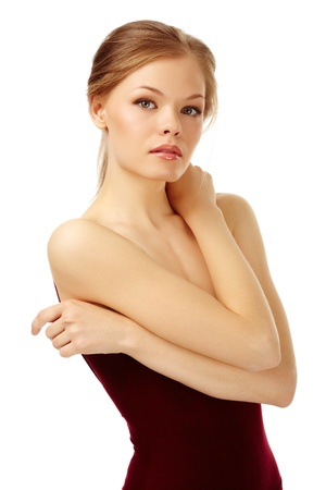 elleboog: Portret van een jonge vrouw op witte camera kijken