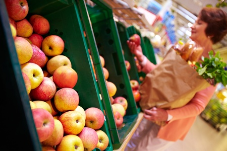 Image of fresh apples in supermarket Stock Photo - 10774294