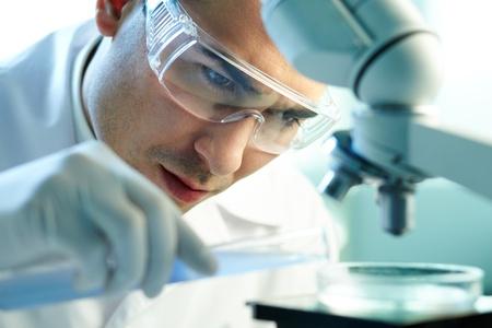 laboratorio clinico: Grave clínico química en el laboratorio de estudio de los elementos