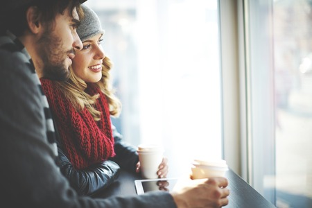 romance: I giovani in cerca di finestra café