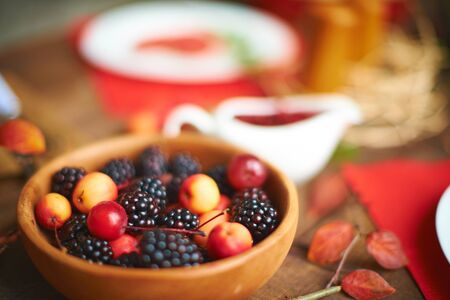 rennet: Rennets and blackberries on served table