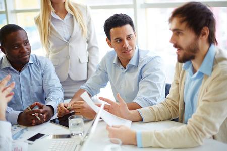meeting business: Business people having meeting