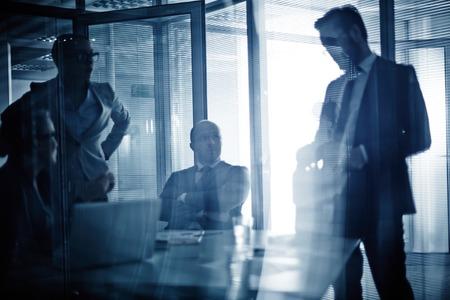 reuniones empresariales: Consultor�a Negocios equipo o trabajo de planificaci�n en la reuni�n Foto de archivo