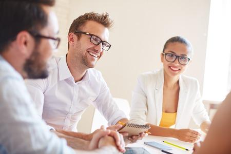 reunion de trabajo: Grupo de los gestores de la planificación del trabajo y la interacción en la reunión
