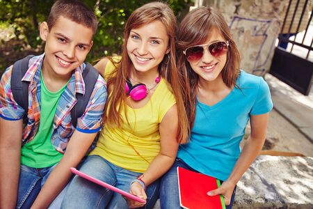 restful: Restful teens on summer vacations