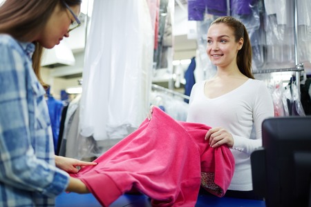 drycleaning: Dry-cleaning service