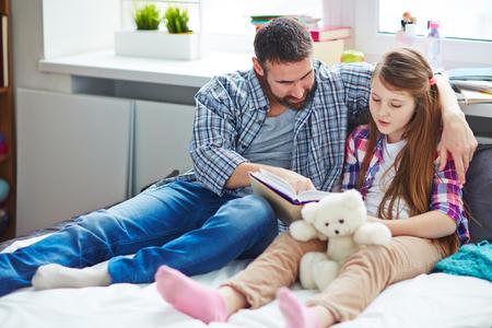 Samen lezen met vader