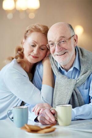 matrimonio feliz: Feliz matrimonio largo