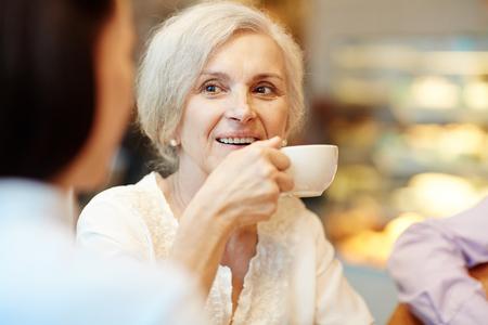 senior women: Tea time