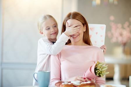congratulations: Sorpresa para la madre