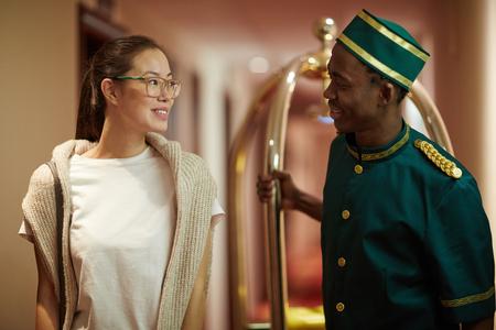 doorkeeper: Traveler and porter