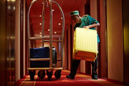 doorkeeper: Porter at work
