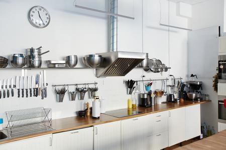 Empty kitchen Фото со стока