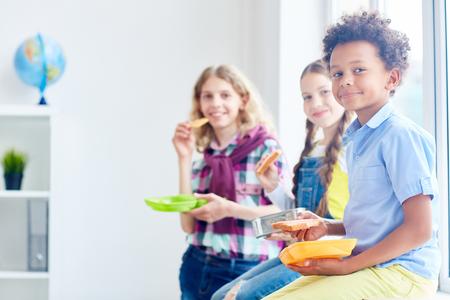 Lunch at school Standard-Bild