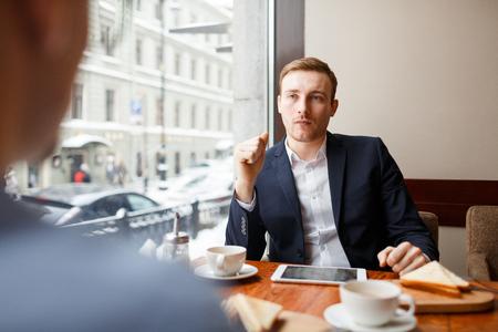 Interactie in café