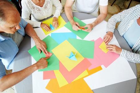 紙を折る 写真素材