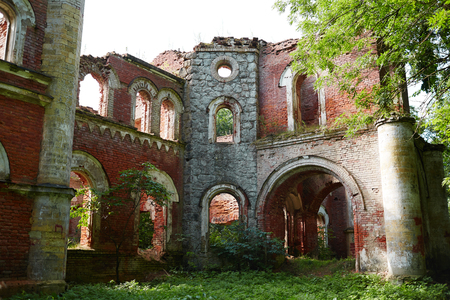 Shabby ruins Imagens
