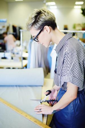 Cutting textile