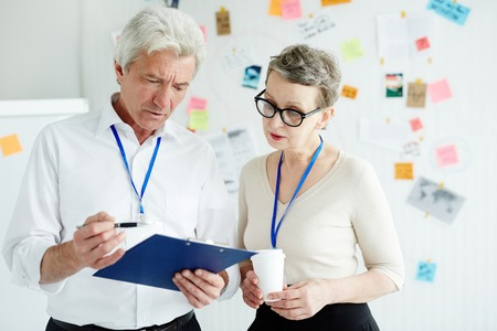crime solving: Inspectors at work Stock Photo