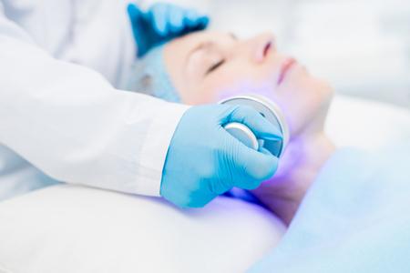 Beauty care with electric device Foto de archivo - 105168068