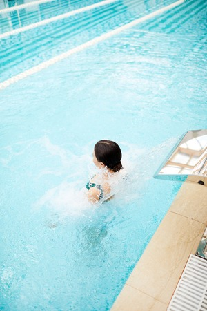 Relax in jacuzzi 写真素材 - 106049640