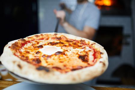 Appetizing pizza 版權商用圖片