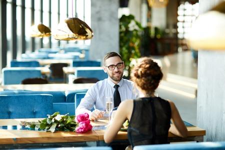 Romantic dinner Standard-Bild - 115177204