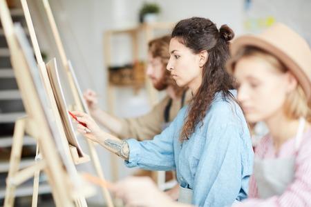Mädchen im Unterricht