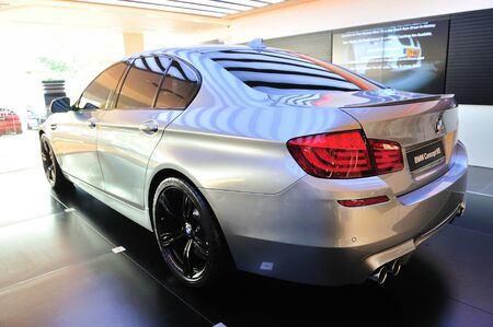 V8 Twin Turbo Engine Of New BMW M5 Concept At Munich Automobiles BMW ...