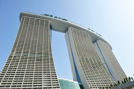 Exterior architecture of Marina Bay Sands integrated resort in Singapore Stock Photo - 14340788