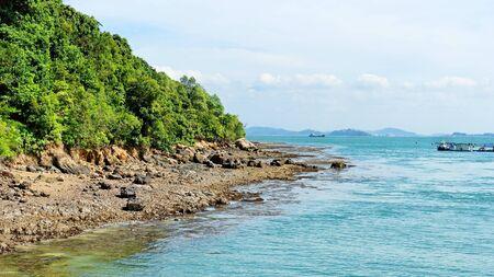 lazarus: Clear blue sea surrounding Lazarus Island, Singapore