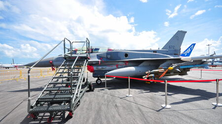 f 16: SINGAPORE - FEBRUARY 12  Republic of Singapore Airforce  RSAF  F-16 on display at Singapore Airshow February 12, 2012 in Singapore