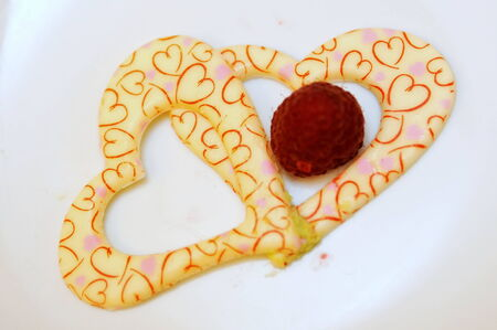 cake topping: Heart shaped icing cake topping