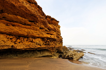 nat: Cliff and rock formations along Great Ocean Drive in Australia