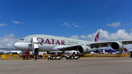 airways: SINGAPORE - FEBRUARY 16:  Qatar Airways Airbus A380 super jumbo on display at Singapore Airshow February 16, 2016 in Singapore