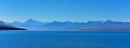 Scenic Lake Pukaki and surrounding mountains in Mackenzie Basin, New Zealand