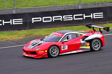 HAMPTON DOWNS, NEW ZEALAND - APRIL 18: Philippe Prette racing in Ferrari 488 at Ferrari Challenge Asia Pacific Series race on April 15, 2018 in Hampton Downs Imagens - 104057077
