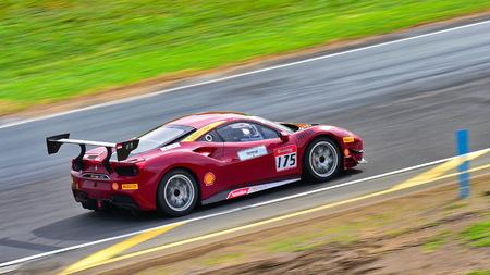 HAMPTON DOWNS, NEW ZEALAND - APRIL 18: Karim Nagadipurna racing in a Ferrari 488 Challenge at Ferrari Challenge Asia Pacific Series race on April 15, 2018 in Hampton Downs Imagens - 104057422